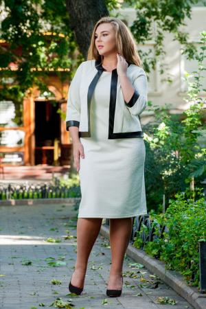 Женский костюм большего размера молочный цвета|интернет-магазин vvlen.com