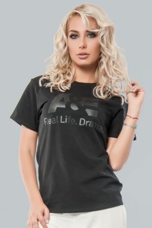 Женская футболка черного цвета  |интернет-магазин vvlen.com