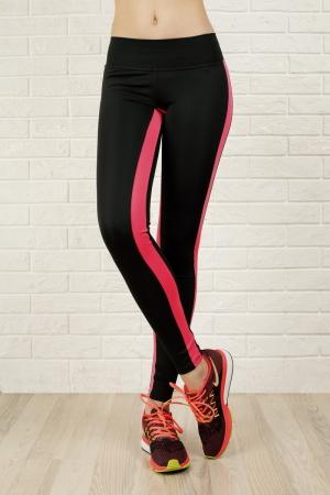 Лосины для фитнеса черного с розовым цвета 2310-1.67|интернет-магазин vvlen.com