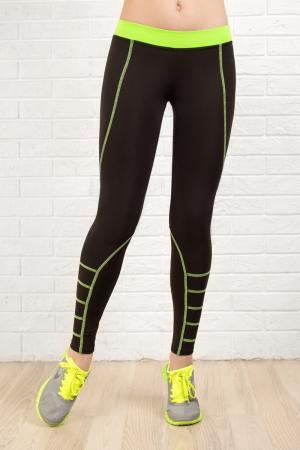 Лосины для фитнеса черного с зеленым цвета 2312.67|интернет-магазин vvlen.com