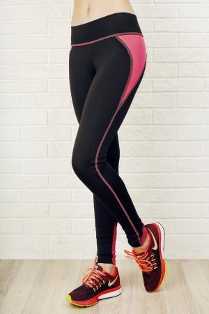 Лосины для фитнеса черного с розовым цвета 2311.67|интернет-магазин vvlen.com