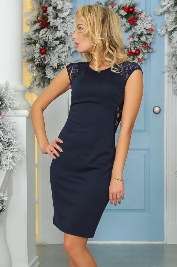 Коктейльное платье футляр темно-синего цвета 2203.47|интернет-магазин vvlen.com