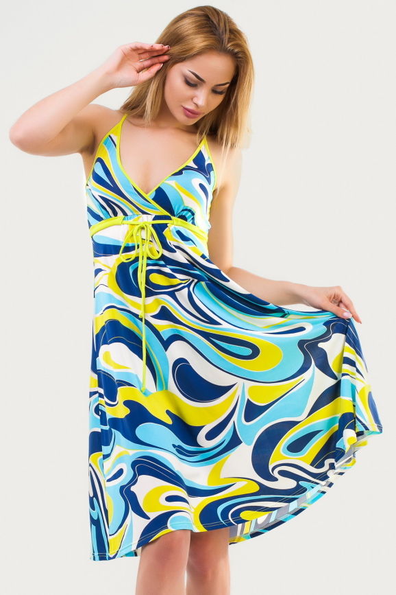 Летнее платье с расклешённой юбкой голубого тона цвета 1337.20|интернет-магазин vvlen.com