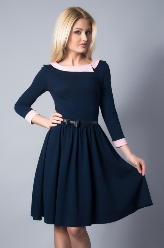 Повседневное платье с расклешённой юбкой темно-синего цвета 1830.2 интернет-магазин vvlen.com