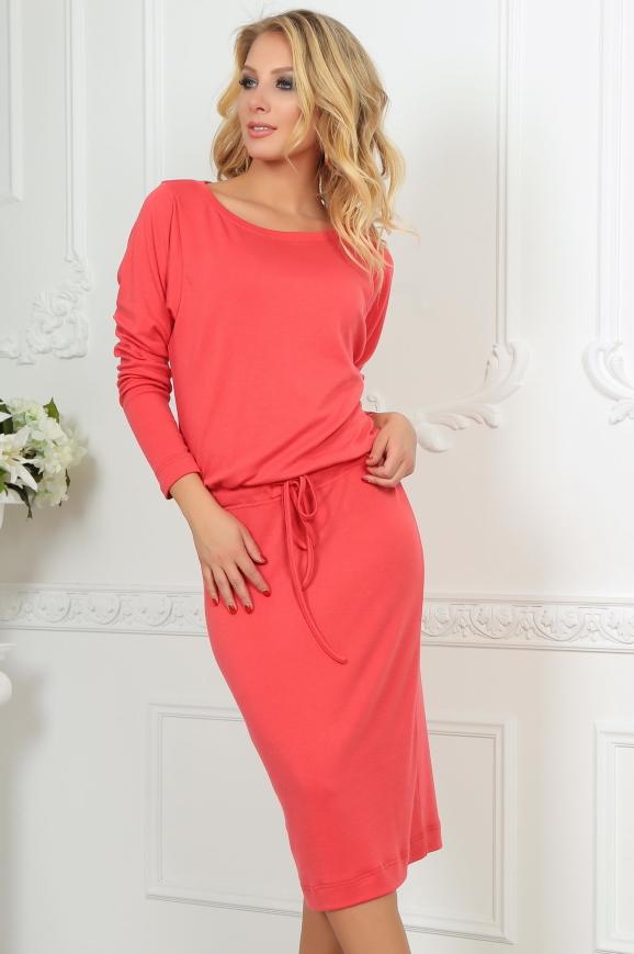 Повседневное платье футляр кораллового цвета 2478.65|интернет-магазин vvlen.com