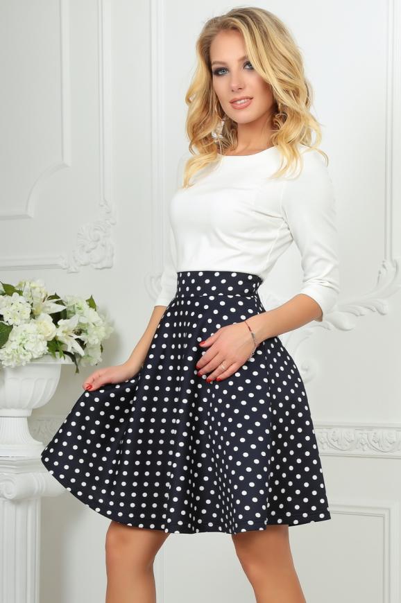 Повседневное платье с расклешённой юбкой синего с белым цвета 2281.45d5|интернет-магазин vvlen.com