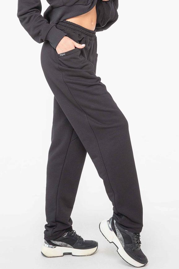 Спортивные брюки черного цвета 2957.137 интернет-магазин vvlen.com