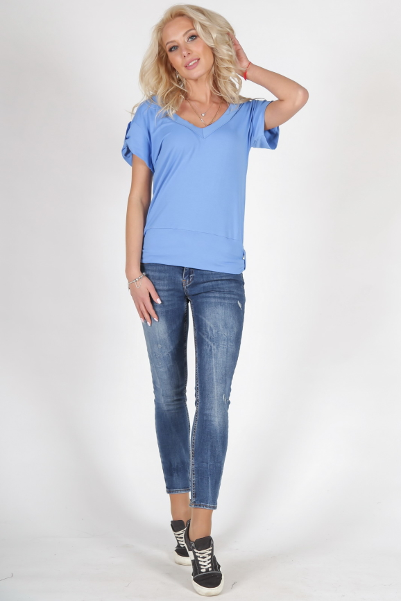 Женская футболка голубого цвета 790.17|интернет-магазин vvlen.com