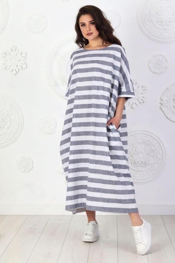 Летнее платье оверсайз серого с белым цвета 714 интернет-магазин vvlen.com