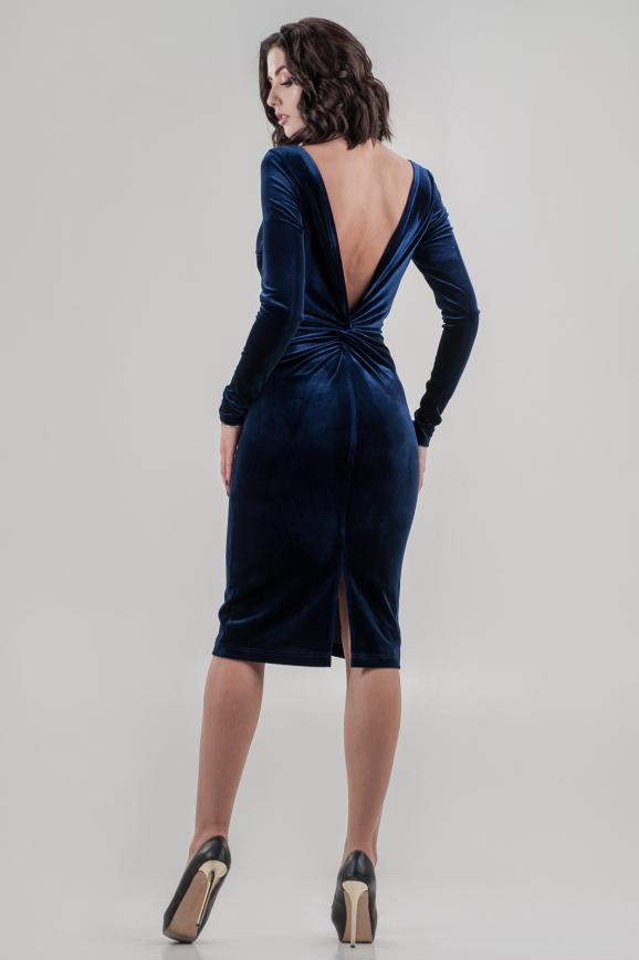 Коктейльное платье футляр синего цвета 2649.26|интернет-магазин vvlen.com
