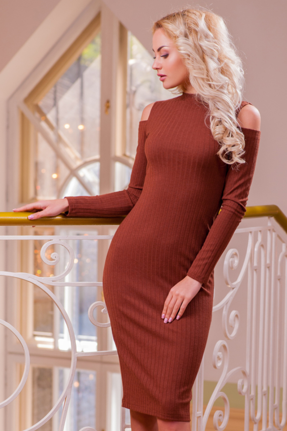 Повседневное платье футляр светло-коричневого цвета 2431.31|интернет-магазин vvlen.com