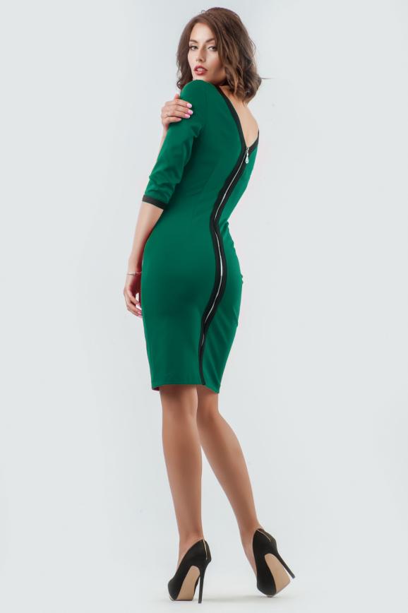 Коктейльное платье футляр темно-зеленого цвета 2581.47|интернет-магазин vvlen.com